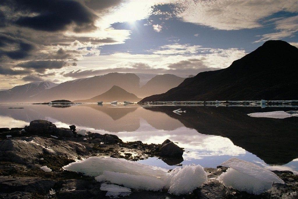 lake-landscape-1071630_1280