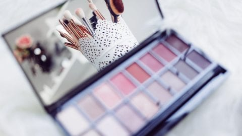 5 reliable rolling makeup cases for the aspiring makeup artist